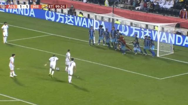 A prova de que é possível marcar... até com 11 jogadores na linha de golo
