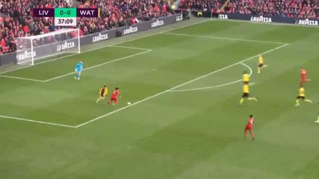 Magia egípcia. O golaço que Salah marcou ao Watford