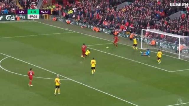 Salah marcou nos instantes finais com toque de classe de calcanhar