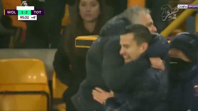Mourinho festeja efusivamente e até soltou palavrão em bom português