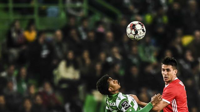 [0-1] Sporting-Benfica: Rafa inaugura o marcador em Alvalade