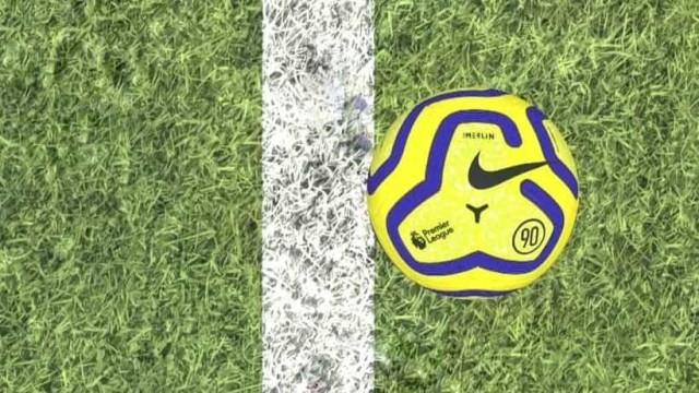 Tottenham empatou em Vicarage Road por esta decisão de... milímetros