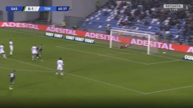 Boga fez túnel a adversário e marcou um golo de levantar o estádio