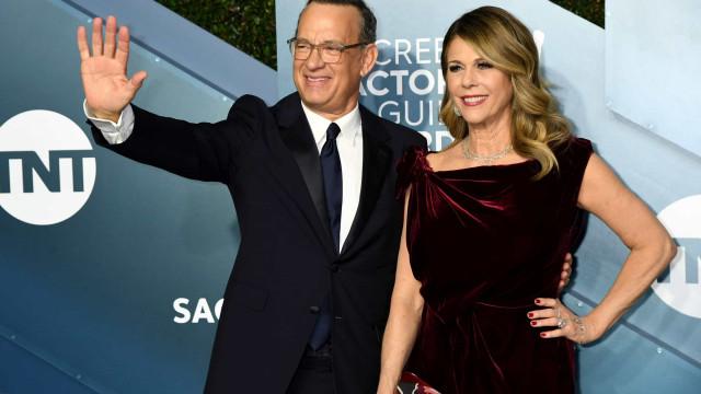 Tom Hanks e Rita Wilson voltam a brilhar na passadeira vermelha