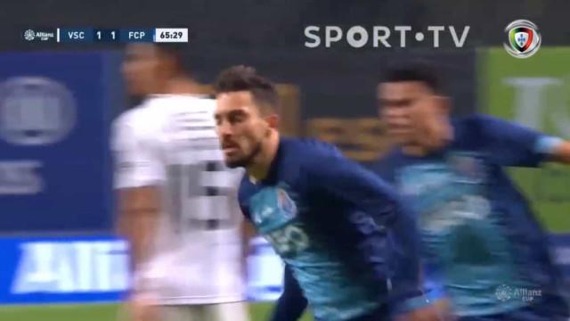 FC Porto sofre golo e Alex Telles responde à 'bomba'