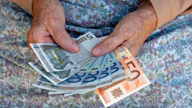 Pensões. Recebe entre 878 e 2.558 euros? Vai ter um aumento de seis euros