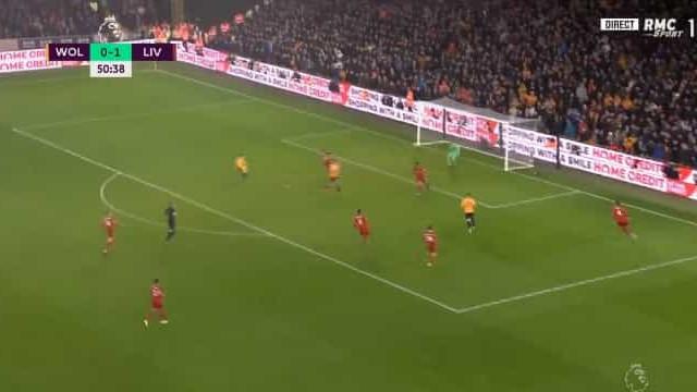 O golaço de Raúl Jiménez que deitou o Liverpool por terra