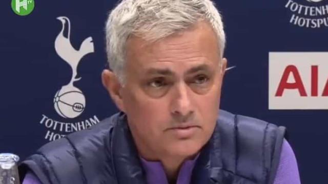 O momento em que Mourinho lembra Kobe Bryant quando chega ao Tottenham
