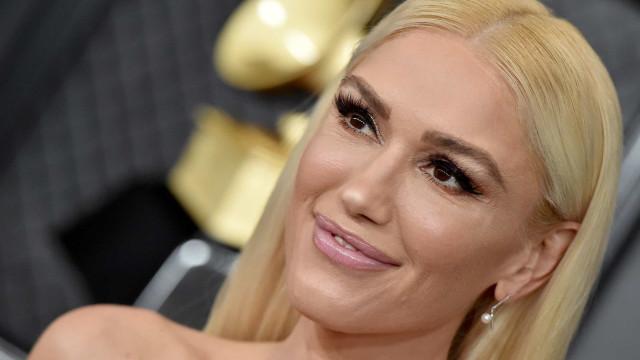 Irreconhecível? Fãs criticam Gwen Stefani por causa das plásticas