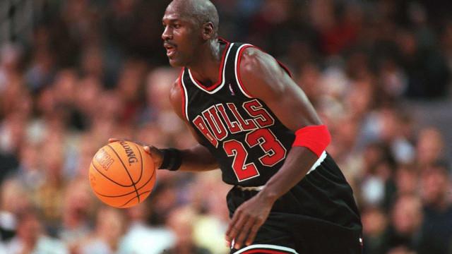 Michael Jordan faz 57, mas o 23 sempre será o seu número