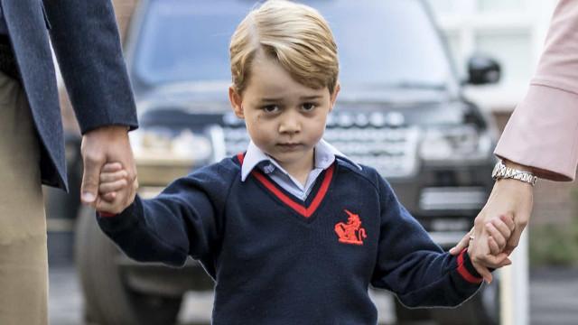 Coronavírus: Alunos da escola do príncipe George em isolamento