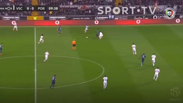 FC Porto a vencer em Guimarães por culpa das costas de Douglas
