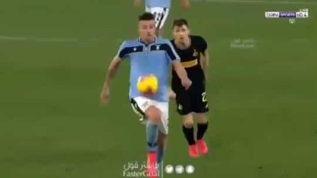 A jogada mágica de Savic que deixou os rivais do Inter baralhados