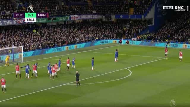 Poste 'roubou' um golaço a Bruno Fernandes em Stamford Bridge