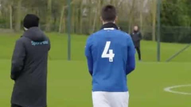 Mais de três meses depois, André Gomes voltou a jogar pelo Everton