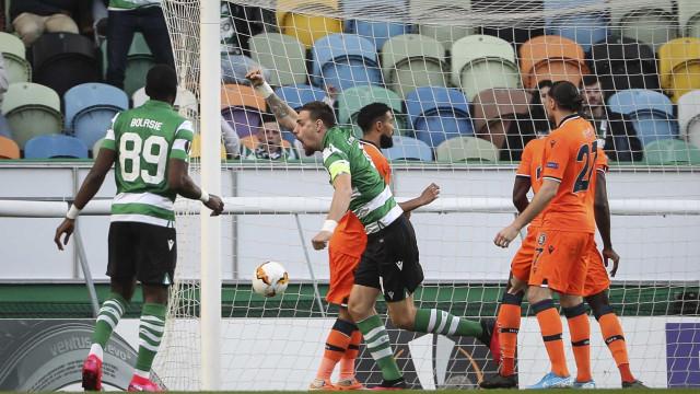 [2-0] Sporting-Basaksehir: Recomeça a segunda parte em Lisboa