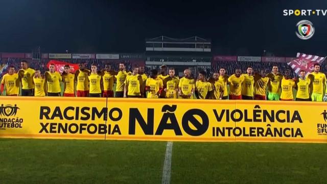 """Aves e Vitória SC deram início à campanha """"Racismo Fora de jogo"""""""