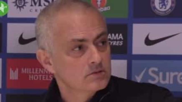 Mourinho explica derrota do Tottenham com os avançados que... não existem