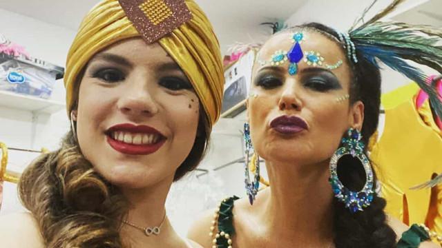 Elma Aveiro e a filha desfilam no Carnaval da Madeira