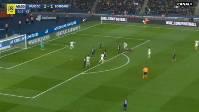 Guardião do PSG ofereceu (literalmente) o segundo golo ao Bordeaux