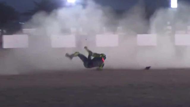 A queda que fez Valentino Rossi terminar os testes de pré-época mais cedo