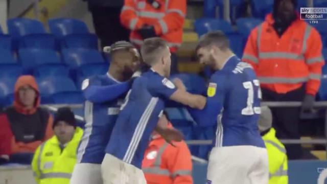 Tiago Silva marcou e dupla do Cardiff acabou jogo 'à bulha'