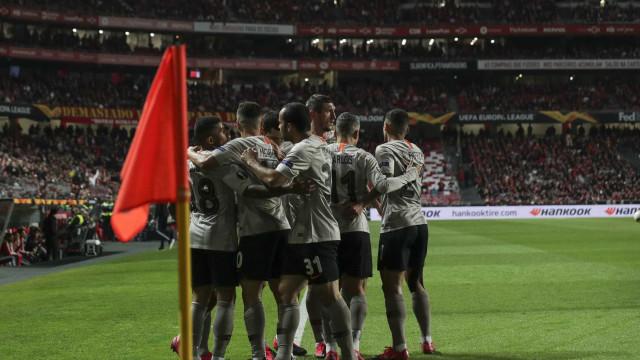 Empate com sabor amargo. Benfica diz adeus à Liga Europa na Luz