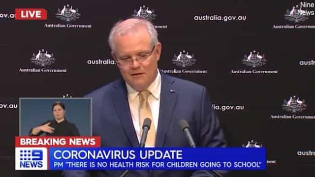 Primeiro-ministro australiano recorda avó e quase se 'desfaz' em lágrimas