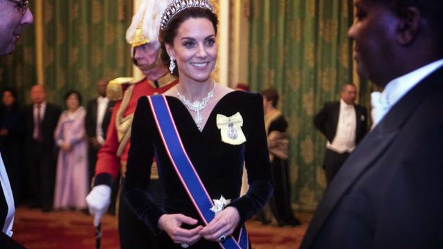Vestidos de gala com que Kate Middleton já brilhou