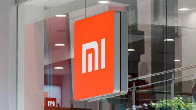 Patente da Xiaomi revela smartphone com ecrã 'cascata'