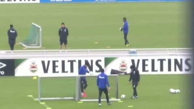 Schalke 04 regressa aos treinos... mantendo a distância social
