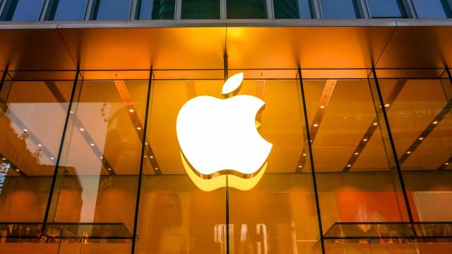 Apple pode lançar dois telemóveis dobráveis em 2023