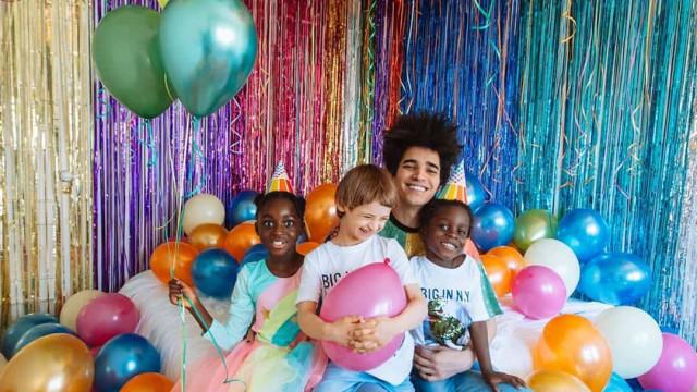 Luís Borges mostra novos recantos do quarto dos filhos