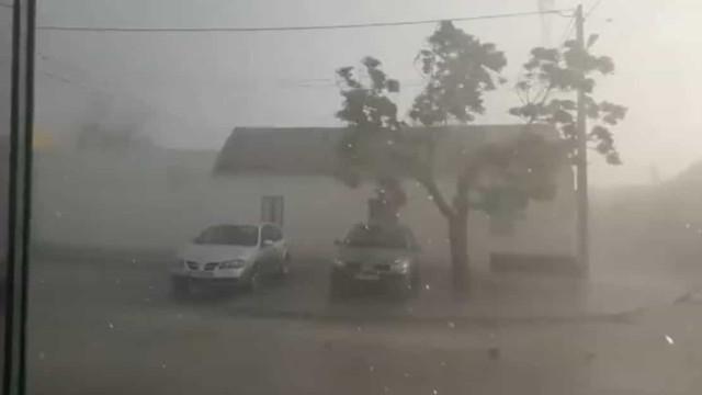 Vento extremo provoca danos em cinco casas em Fazendas de Almeirim