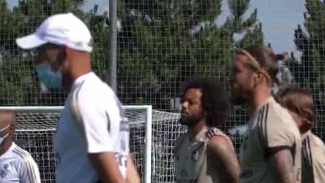 Real Madrid homenageou vítimas da Covid-19 com minuto de silêncio