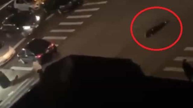 Polícia abalroado por condutor em fuga em Nova Iorque