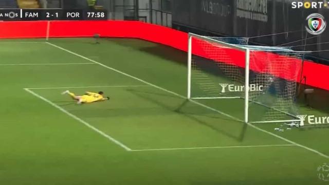 Pedro Gonçalves desfaz o empate e Marchesín ajudou à 'festa'