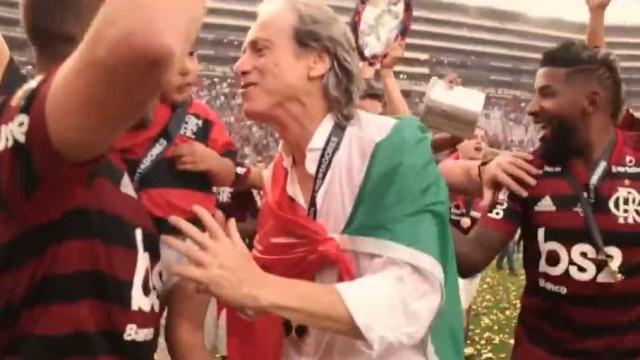 A homenagem do Flamengo a Jorge Jesus após a renovação contratual