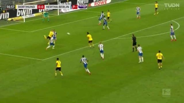 Dortmund já estava a desesperar, mas 'sacou' desta jogada mágica