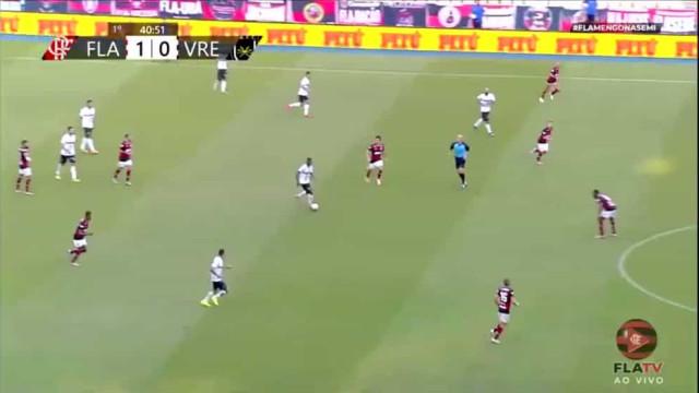 A jogada de tiki-taka que deixou adeptos rendidos ao futebol  de Jesus