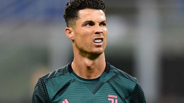 Ronaldo estreou novo 'penteado' para encontro com AC Milan