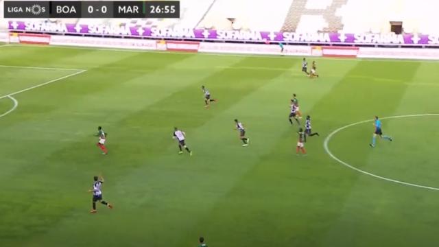 O golo de Tagueu que abiru o marcador do jogo entre Boavista e Marítimo