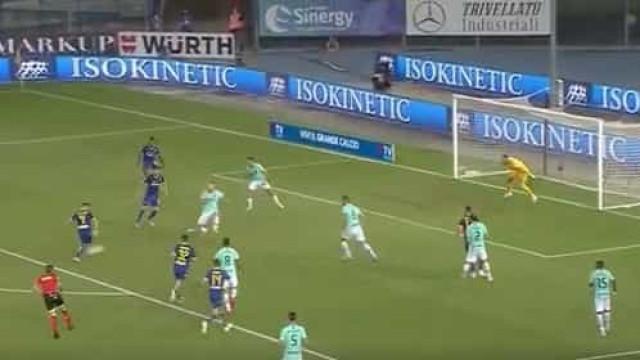 Foi assim que Miguel Veloso 'despejou um balde de água fria' no Inter