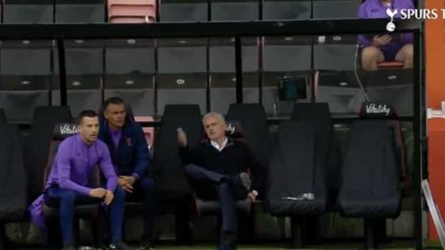 O lance que motivou a fúria de Mourinho após o empate do Tottenham