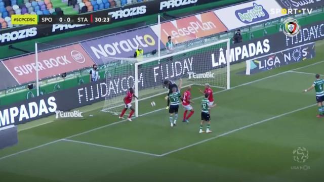 Santa Clara fez a festa, mas golo ao Sporting foi anulado