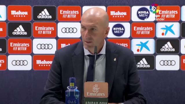Perguntaram por James Rodríguez e a cara de Zidane disse tudo