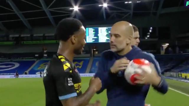 Sterling quis ficar com a bola do hattrick e Guardiola reagiu assim