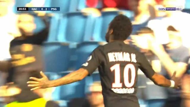 PSG voltou a jogar (com adeptos nas bancadas) e Neymar marcou um golaço