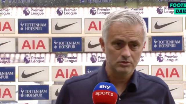 A reação de Mourinho ao triunfo no dérbi de Londres