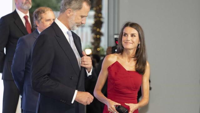 Clássica e elegante, rainha Letizia marca presença em evento especial